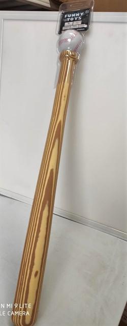 מחבט בייסבול עשוי גומי
