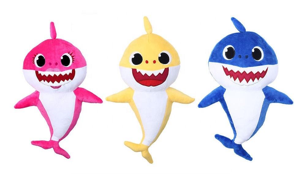 בובת כריש שרה ומנגנת בייבי שארק